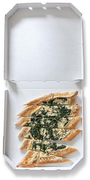 Pide mit Käse und Spinat